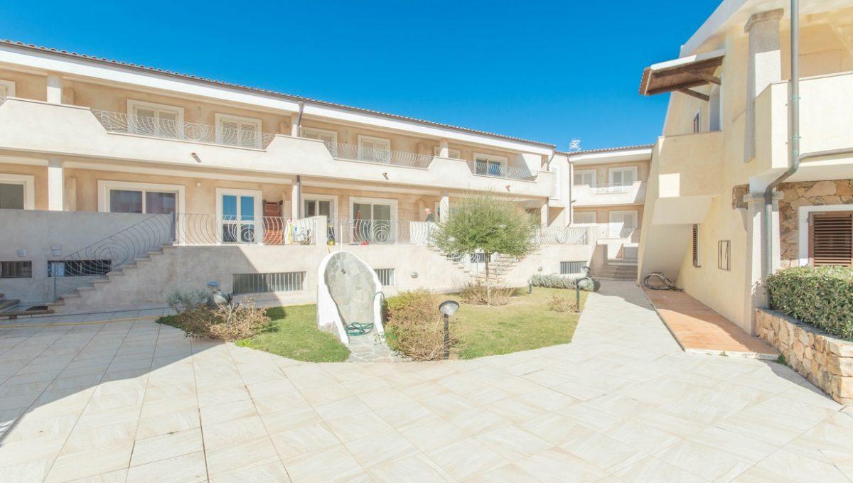 sardinia_palau_apartaments_pool_beach_105b